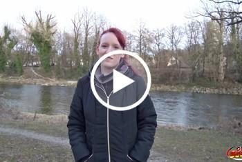 Rothaarige Ella in München angesprochen und direkt g*****t Teil 1