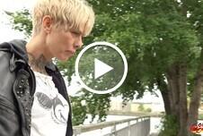 MILF Vicky in Berlin abgeschleppt und v*****t A* g*****t Teil 1