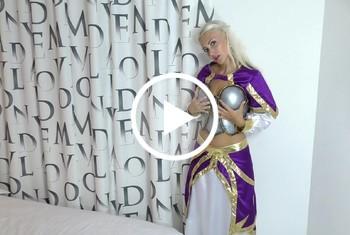 Medieval Princess goes wild A**l f**k