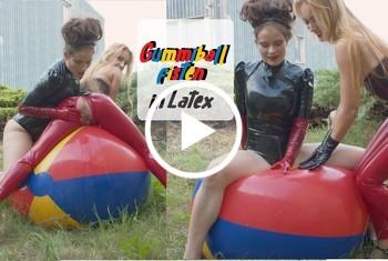 CruelAlice: Gummibalfisten in Latex